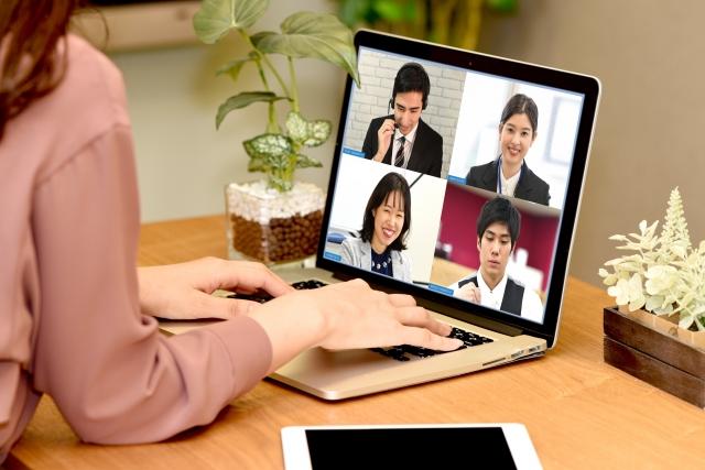 資生堂はWeb会議に自動メイクアップ機能を